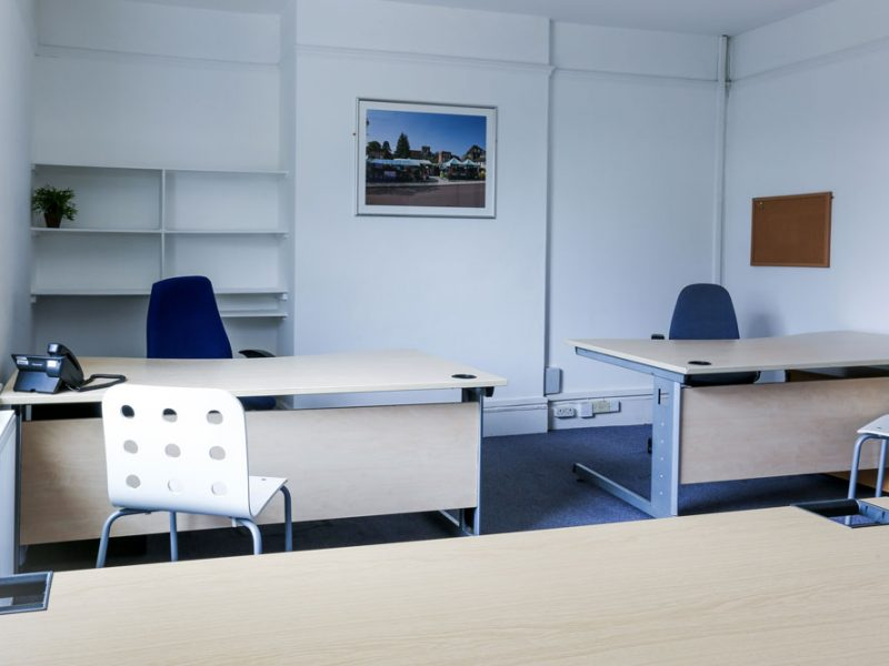 Bright & Airy Serviced Office Accommodation